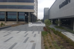 Bomanite Con-Color in Cobblestone Gray, Nickel Gray, and Natural Gray was combined with Bomanite Sandscape Texture decorative concrete to create a hardscape surface with beautiful color, pattern, and texture for added visual appeal.