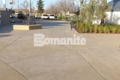 Sandscape Refined Antico by Bomanite is featured here and the stunning architecturally exposed aggregate surface adds beautiful variation and textural elements to the hardscape courtyard at CrossCity Christian Church.