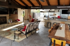 The Bomanite Exposed Aggregate Antico process was utilized in this space to create a beautiful decorative treatment while providing a durable concrete hardscape that is perfect for entertainment and relaxation.